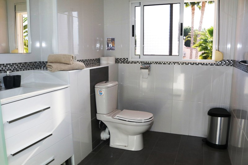 bathroom suite 3 calpe