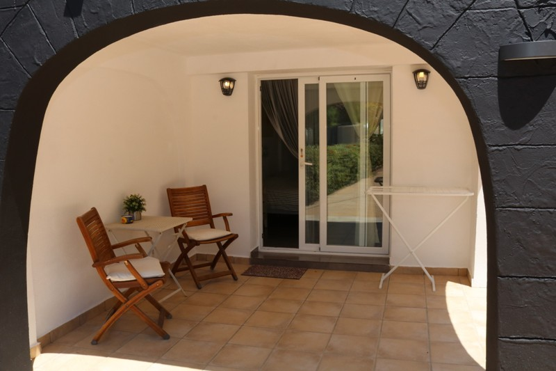 Entree appartement 2 B&B casa Sardonyx